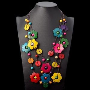 Ethnic Wood Flower Necklace Hand Made Bohemian Nec